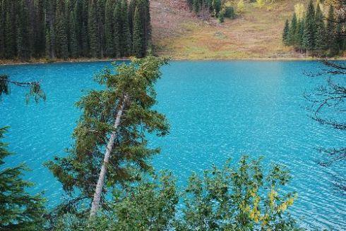 1Emerald Lake