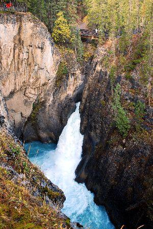 Sunwapta Falls2